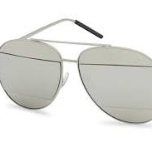 Kiss Other - CUT-OUT MIRRORED AVIATOR SUNGLASSES SILVER NEW